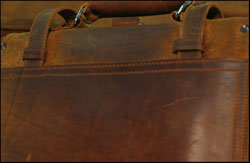 Pieno Saddleback bag in pelle grana